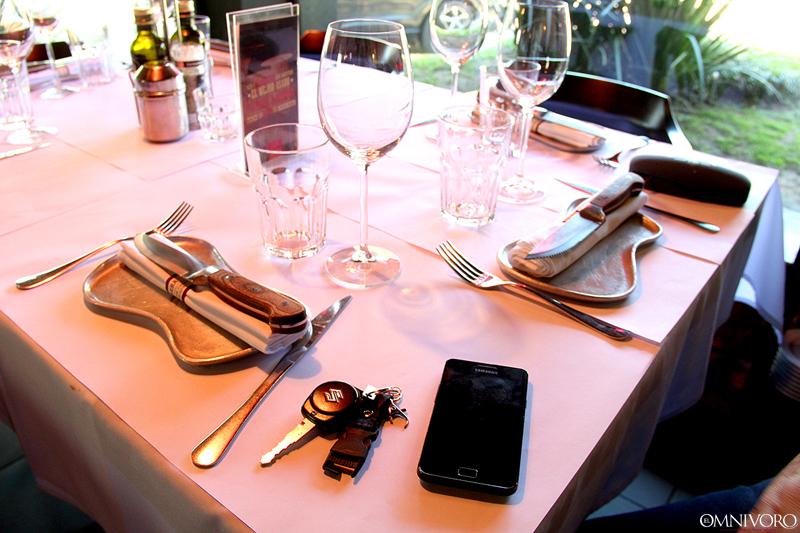 Normas para comportarse en la mesa de un restaurante – El Omnivoro