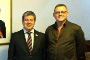 El embajador paraguayo en Perú, Julio Duarte Van Humbeck, junto a Rodolfo Angenscheidt durante una reciente visita que éste realizó a la capital peruana.