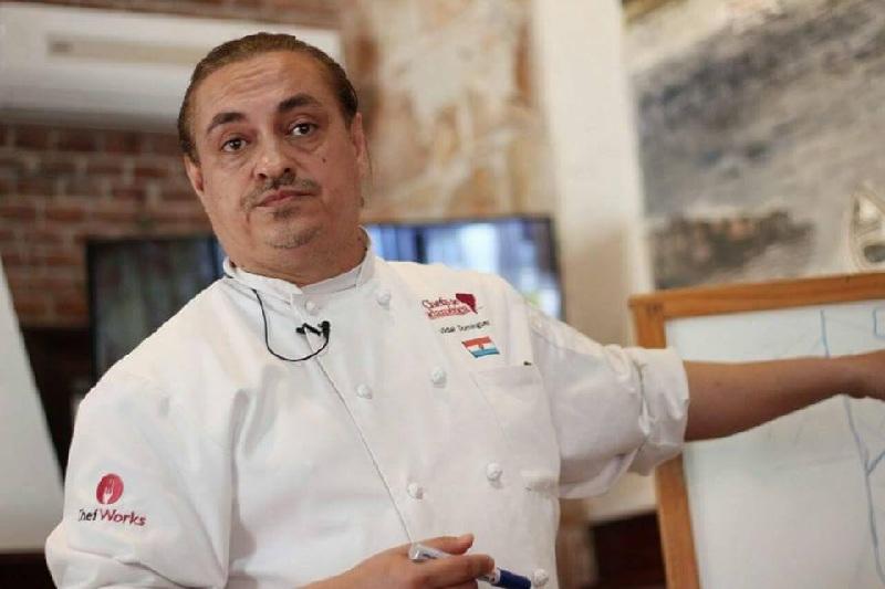 Vidal Domínguez Díaz durante su exposición en el congreso de Chefs de Sudamérica.