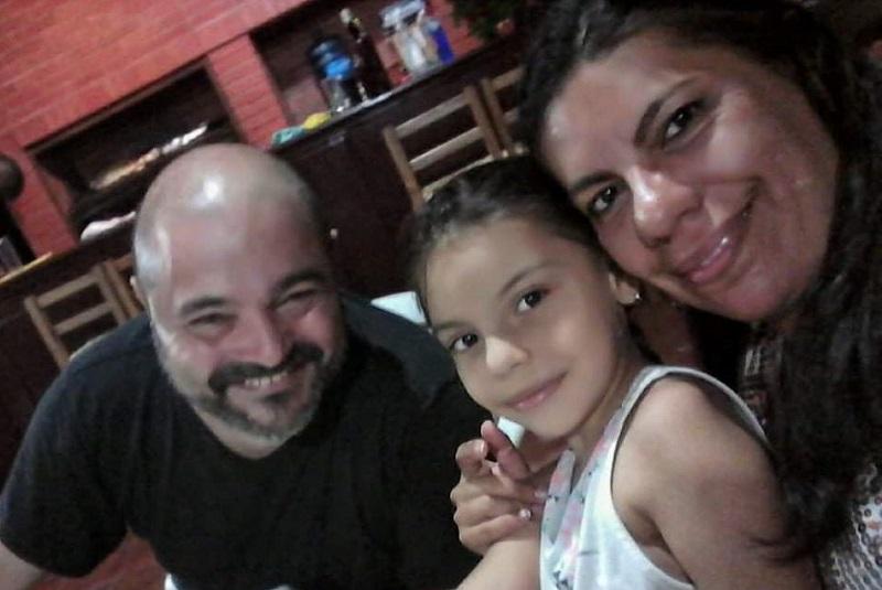 Koldo, su hija y su señora Mirna.