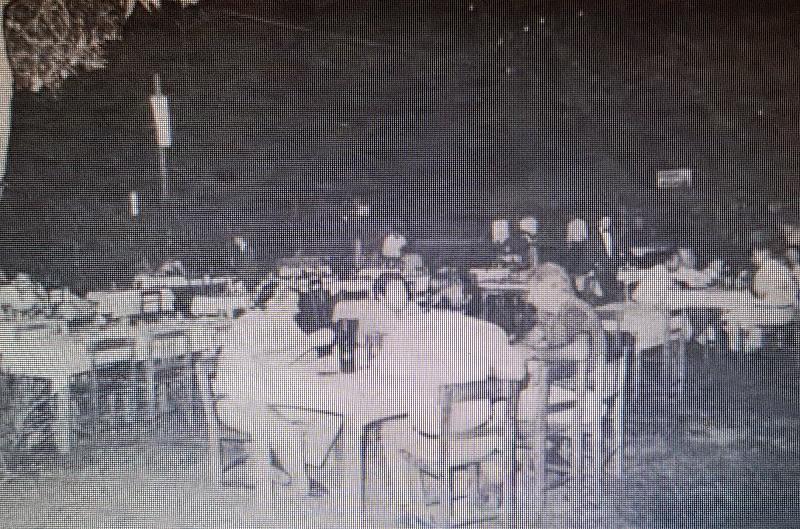 Los restaurantes de antes, la mayoría de estilo parrillada, se instalaban al aire libre. Como el Martín Fierro, como muestra la foto que publicó el diario ABC, en 1978.