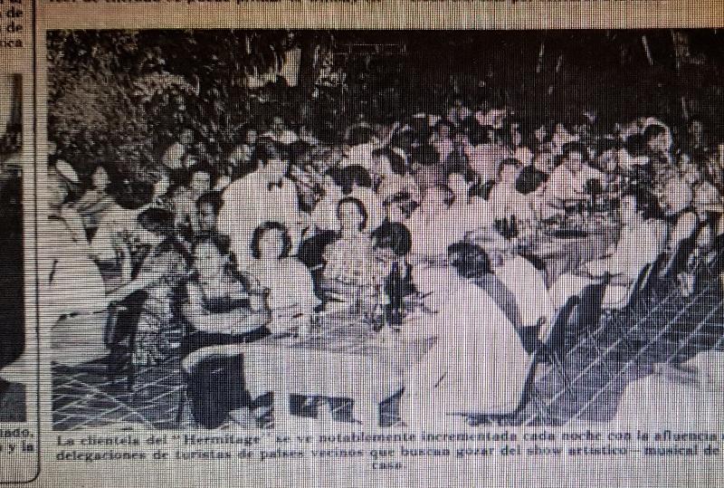 Fotografía del facsimil del diario de la época dónde se publica el artículo sobre el Hermitage.
