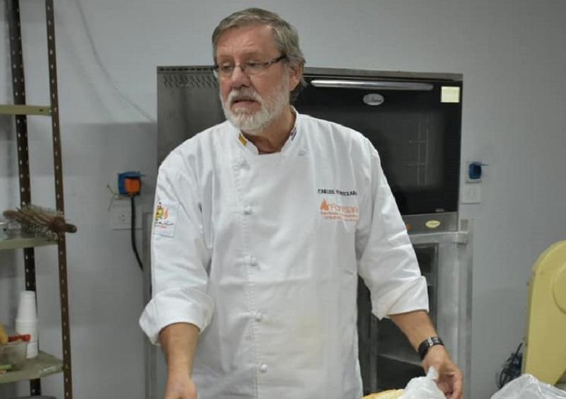 Carlos Fontclara (66) retomó la marca Els Fanals, luego de diez años.