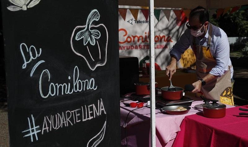 El presentado Toto González ofició también de cocinero en la jornada de La Comilona realizada en Paraguarí.