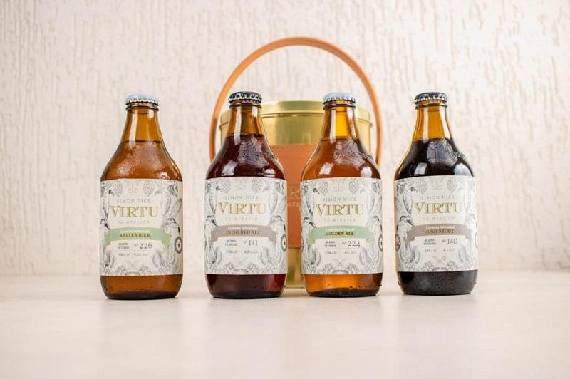 Algunas de las variedades de cerveza artesanal producido por Simón Dice.